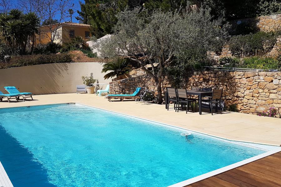 VILLA CYAN - OLLIOULES/ SANARY - Villa d´architecte, panorama exceptionnel, piscine à débordement