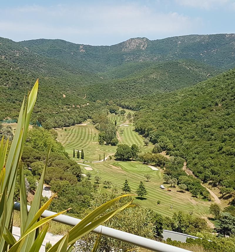 LA VISTA - La Londe les Maures - Villa provençale  avec vue exceptionnelle, dominant le  golf de Valcros, au coeur du massif des Maures, piscine, climatisation