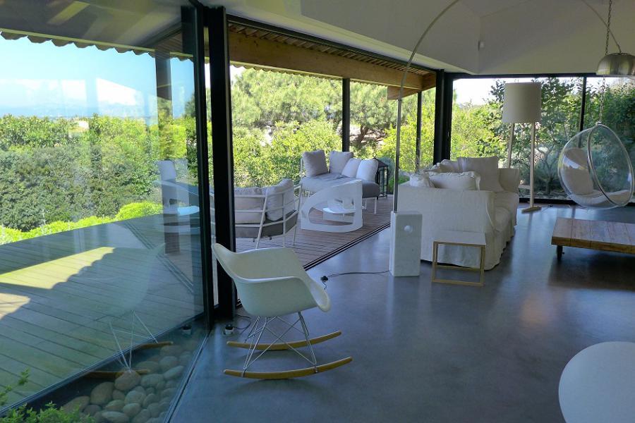 LA MADRAGUE - LA MADRAGUE HYERES - MAISON CONTEMPORAINE D´ARCHITECTE au coeur de la presqu´ile de Giens,  6 chambres, Piscine chauffée, vue sur la baie de l´almanarre et des salins